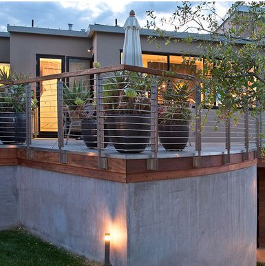 Cable Railing Idea for a Modern Home