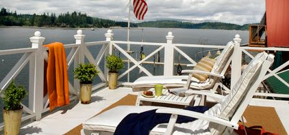 Wood Deck Railing Idea with Deck Chairs