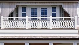 Maison Sirene Railing Arc Balusters