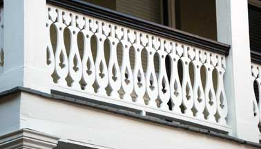 Spindle Front Porch Sawn Balusters Deck Railing Ideas