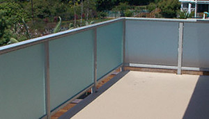 Frosted Glass Commercial Space Patio Handrails