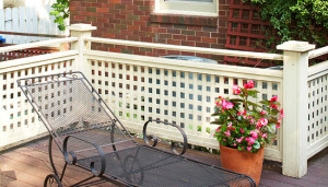 Painted Wood Lattice Guardrail